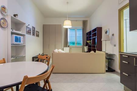 """Appartamento """"Marechiaro"""" - Salerno"""