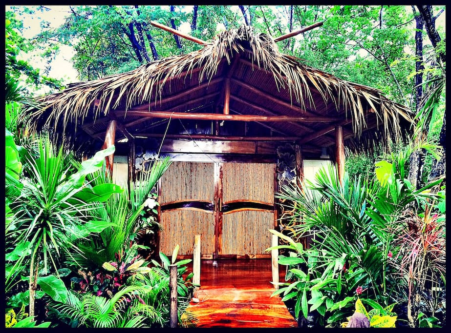 Welcome to Ocho Artisan Bungalows