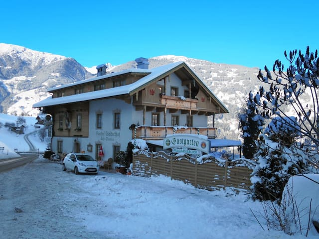 Holiday apt in a cozy guesthouse with an outdoor terrace in beautiful natural surrounding