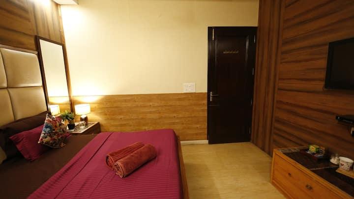 Budget Apartment #New delhi City Centre Main statn
