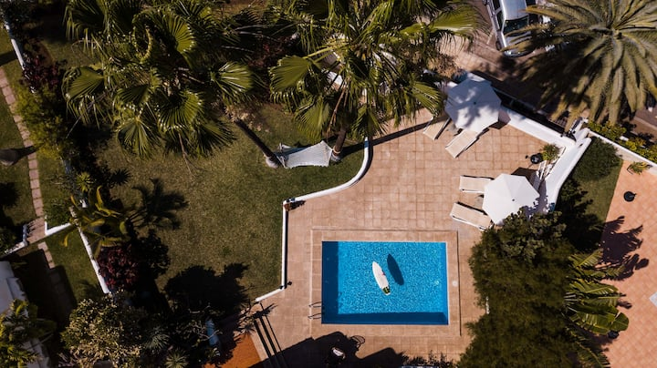 Villa América, con piscina privada cerca del mar
