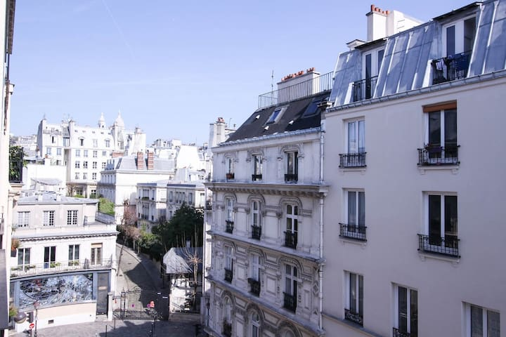 BEAUTIFUL AND MODERN APARTMENT - SOUTH PIGALLE