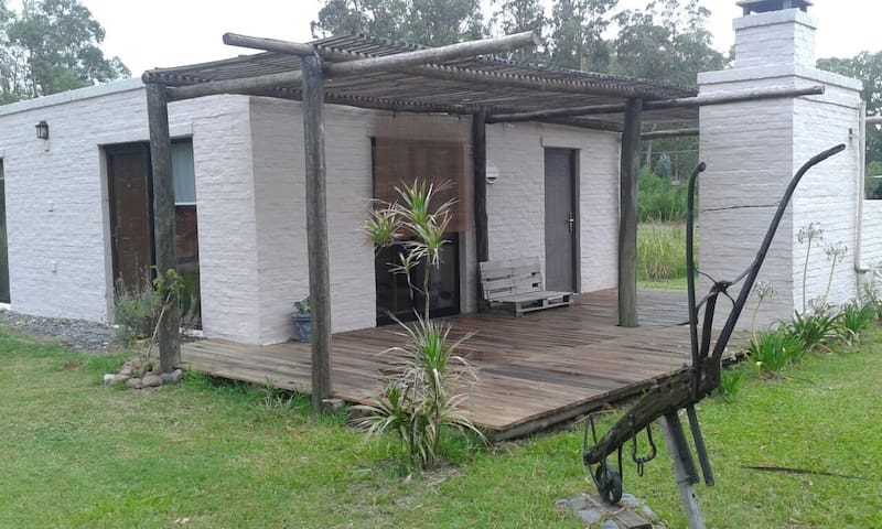 Alquilo casa baln. Bella Vista  C 1 - Bella Vista - House