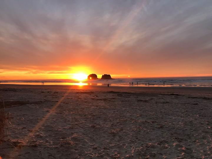 Shoreside at Rockaway Beach