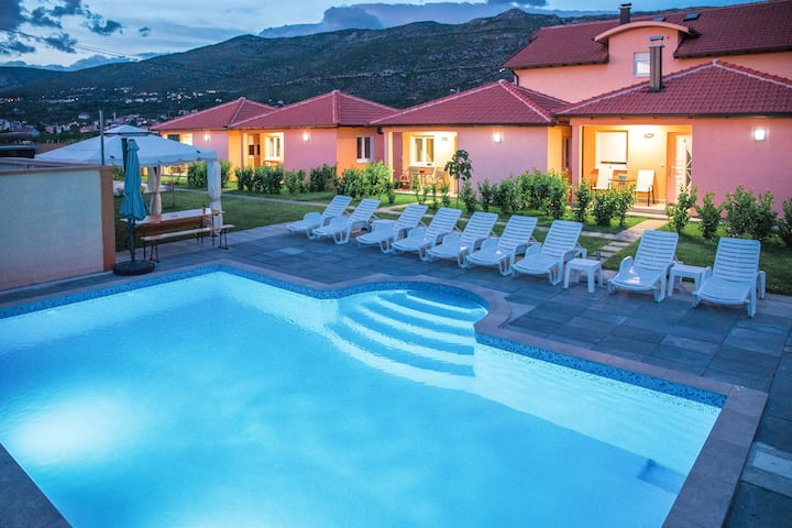 Bise Resort | Bungalow Solar