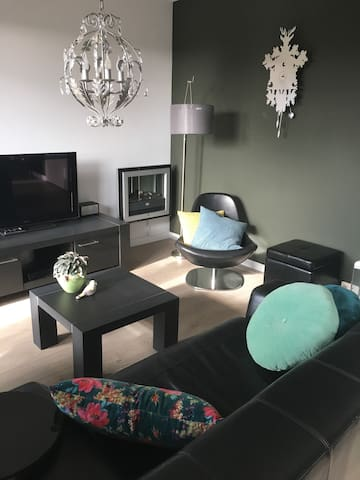 PRIVATE APARTMENT with balcony near Amsterdam