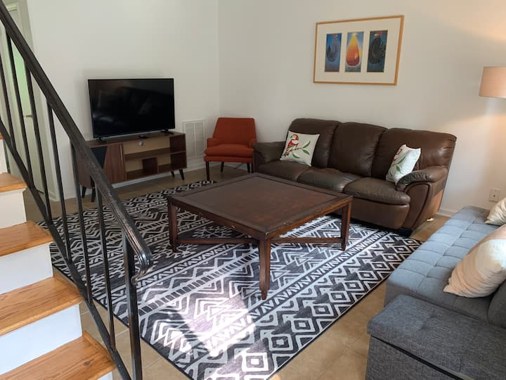 Long Term Only - Family & Dog Friendly - B Unit