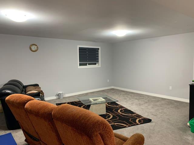 ~~ Beautiful Premium 1 Bedroom 1200 sq ft  ~~
