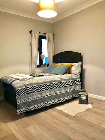 Modern&Cosy double room (4)near City Airport&ExCel