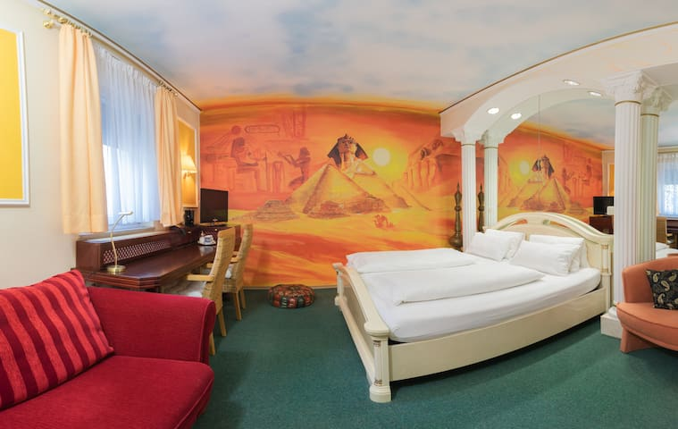 Themen-Zimmer DZ mit Luxusbad