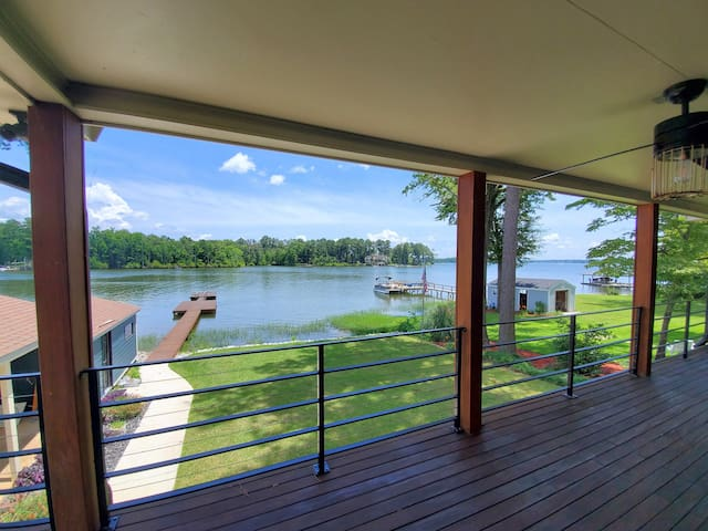 Lake Murray - Close in - Spa-like baths - New Dock