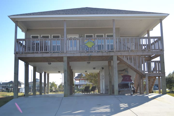 River House with Great Fishing, Boating, & Views
