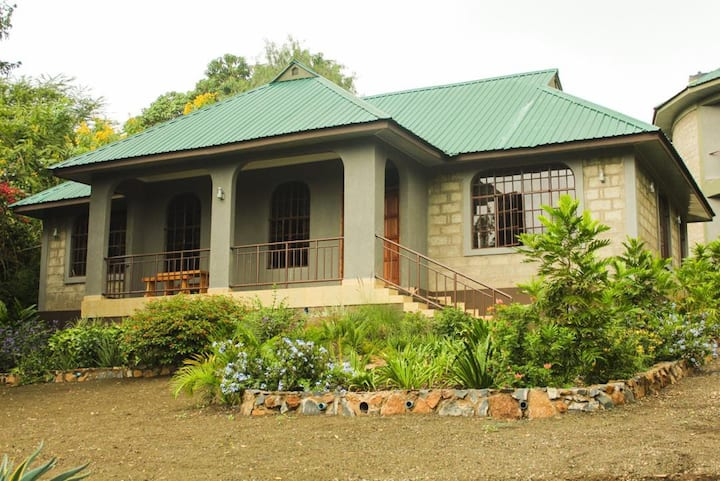 Arusha Hill Homes - MERU B (A home away from home)
