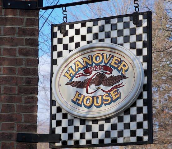 Hanover House - Hanoverton - Casa