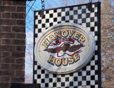 Hanover House - Hanoverton