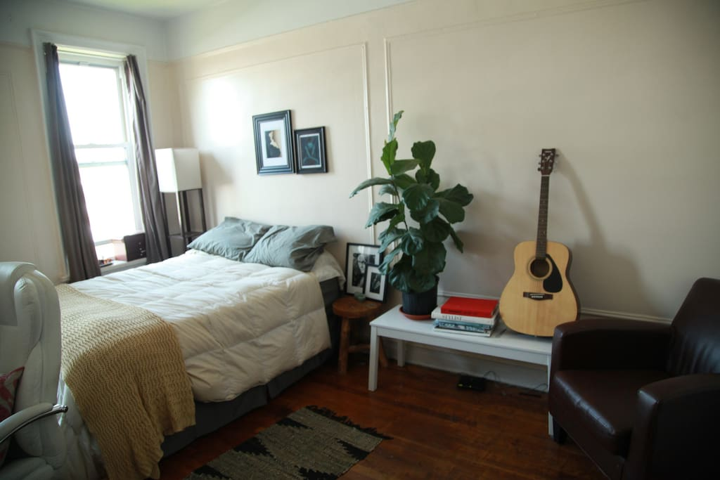 Spacious One Bedroom Apartment Apartments For Rent In Brooklyn New York United States