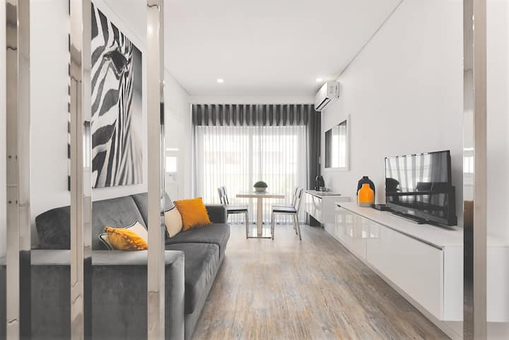 Deluxe Flat with Balcony - AC & Terrace