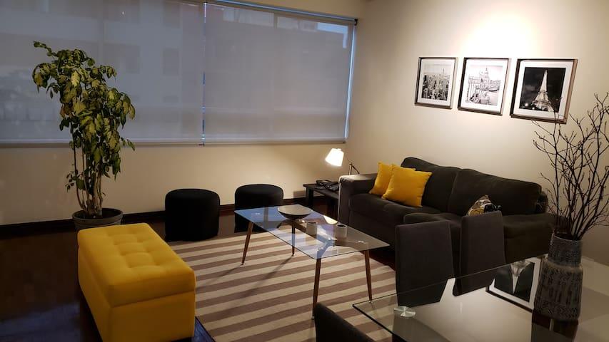 1 Bedroom Apartment Great location!! Miraflores!!