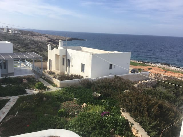 Summer house with sea/sunset view - Donoussa - House
