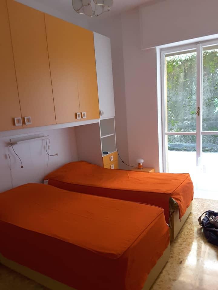 Rapallo trilocale 4 posti letto (+2), 10' dal mare