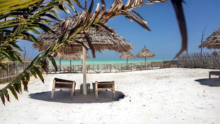 Seafront Villa in the heart of Paje Beach,Zanzibar