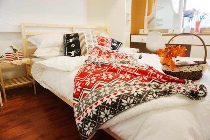 ❤️MC04 Vancouver McBain Home Hotel