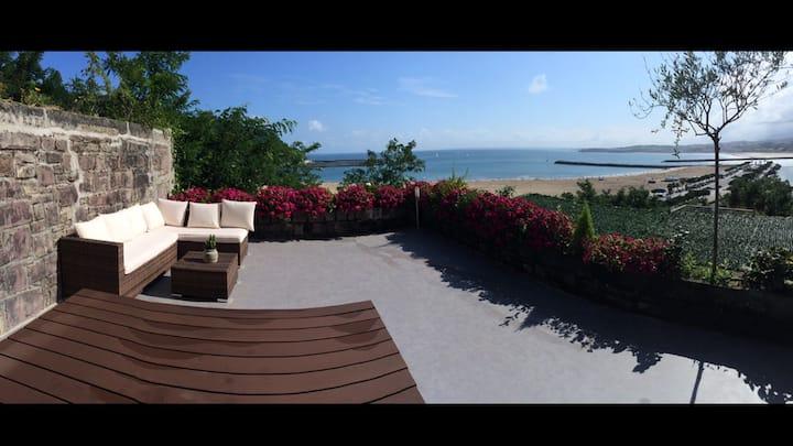 Casa del Faro. Las mejores vistas sobre la bahía!