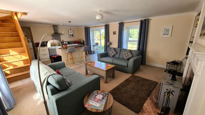 Dennant Cottage