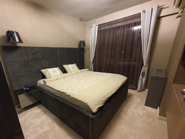 Tom's Apartment