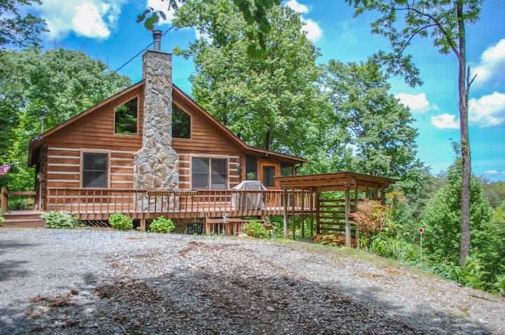 Mlc Bare N The Woods Cabins For Rent In Blue Ridge