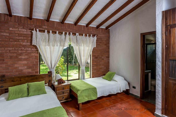 Master Bedroom 2: Double bed, 1 single bed and 1 rollaway bed