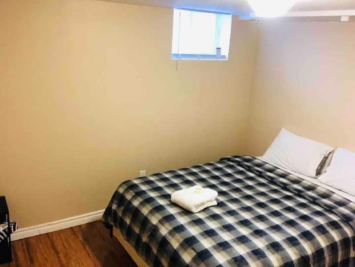 Private Basement Apartment In Vaughan