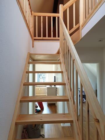 Treppe auf den Spitzboden