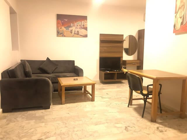 Charming apartment in Hamra