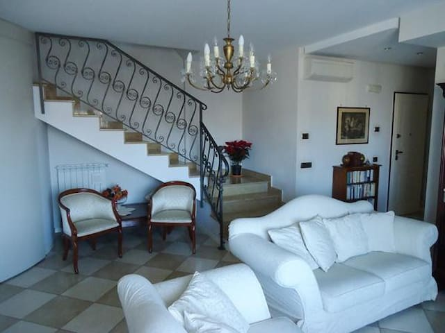 Luxury apartment close to Pompei and Amalfi coast - Angri - Apartment