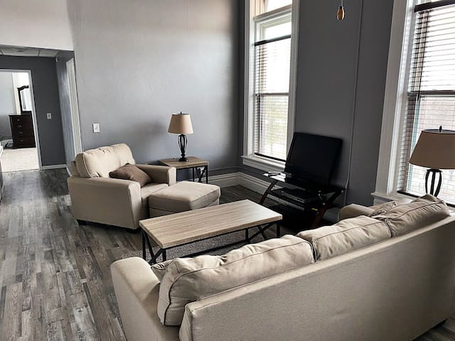 Updated 2 BR in Historic Downtown Fort Dodge