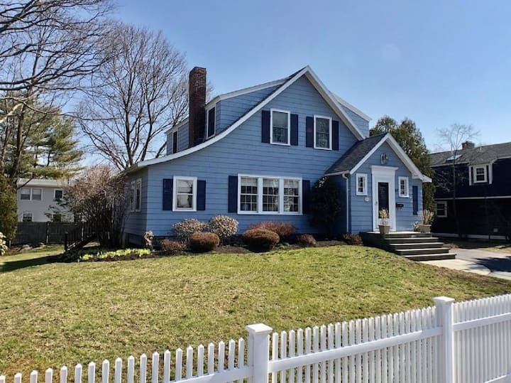 Vacation Home in the Heart of Marblehead
