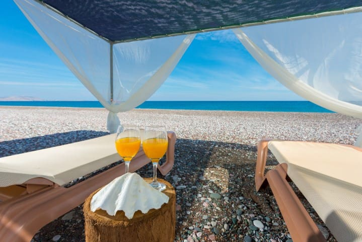 Akti Villa private beach access in Gennadi for 10 - Gennadi - House