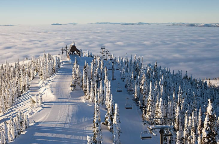 Ski In / Ski Out at Montana's Snow Ghost Hideaway