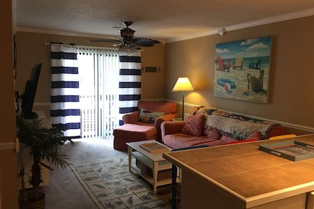 1br Condo in Garden City*sleeps 4/5 - 머렐스 인렛(Murrells Inlet)