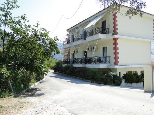 Kapougiatis studios - Ilia - Apartment