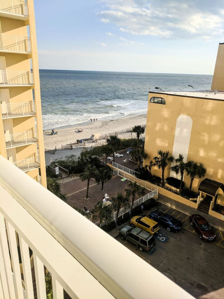 Beautiful Ocean view condo - Sea Mist 50809