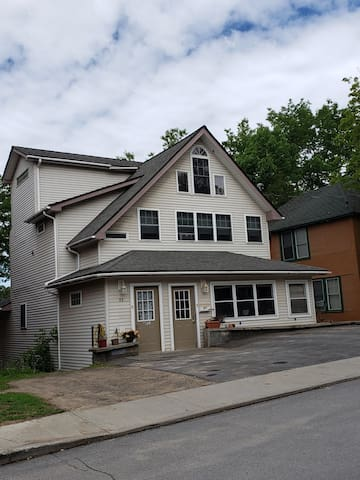 Luxury ADK Apartment, Saranac Lake NY