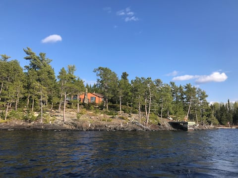 3br, rustic but beautiful log cabin on the lake.