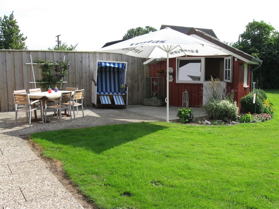 Eure Gästeterrasse in der Gartenanlage