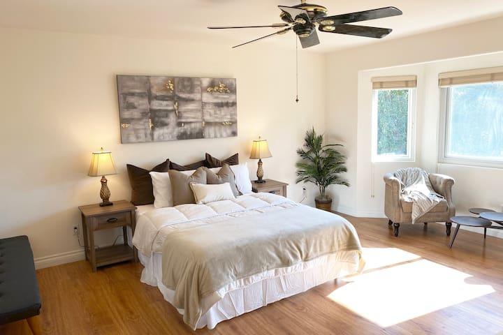 ♡05. Master Bedroom - 1