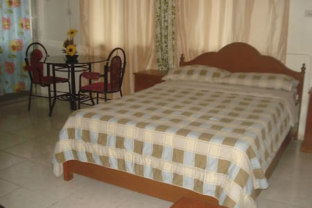 Cozy Affordable Apartment in Dau - Mabalacat