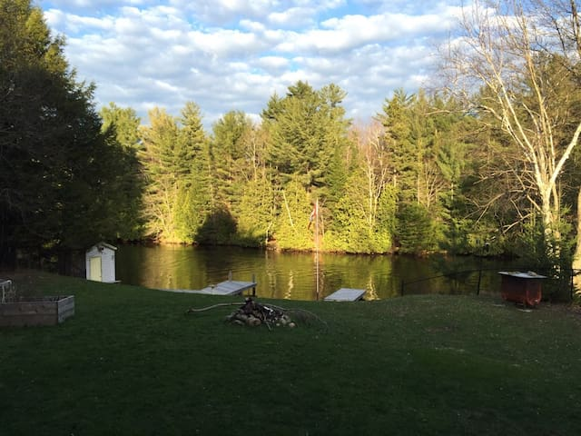 Gull River PostCard: Comfort in Cottage Country - Kawartha Lakes - House
