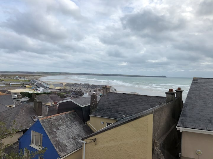 Amazing sea views! 2 bed house in Tramore town