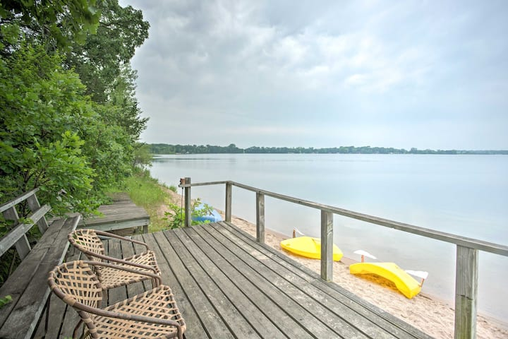 Lake-View Kimball Cabin w/10 Acres & Private Beach